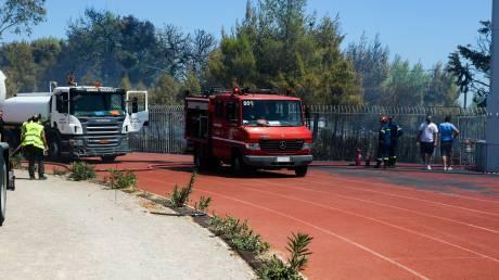 Ενισχύθηκαν οι δυνάμεις στη φωτιά στο Χαϊδάρι