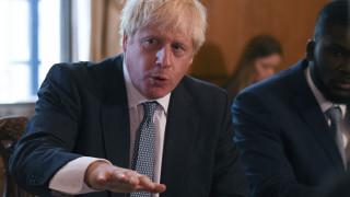 «Η ΕΕ είναι κάπως αρνητική αλλά θα τα καταφέρουμε»: Αισιοδοξία Τζόνσον περί συμφωνίας για Brexit