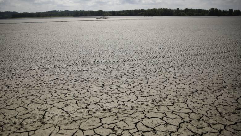 Πώς η κλιματική αλλαγή μπορεί να «γκρεμίσει» την παγκόσμια οικονομία