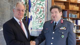 Η ασφάλεια της Βουλής στο επίκεντρο της συνάντησης Τασούλα με τον αρχηγό της ΕΛΑΣ