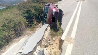 Κρήτη: Υποχώρησε ο δρόμος, «καταπίνοντας» αυτοκίνητο