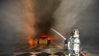Παρίσι: Φωτιά σε νοσοκομειακό συγκρότημα με μία νεκρή και τραυματίες