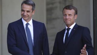 Παρίσι: Κάλεσμα Μητσοτάκη για γαλλικές επενδύσεις, ξεκάθαρο μήνυμα Μακρόν στην Τουρκία