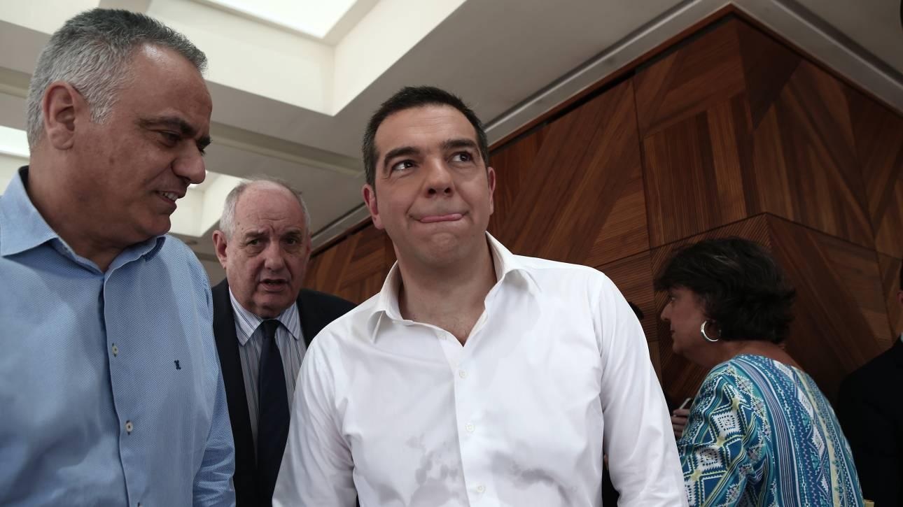 Σύσκεψη υπό τον Τσίπρα για διεύρυνση του ΣΥΡΙΖΑ και ΔΕΘ