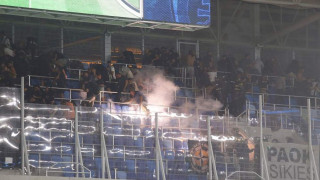 Ένταση και δακρυγόνα στην εξέδρα των οπαδών του ΠΑΟΚ