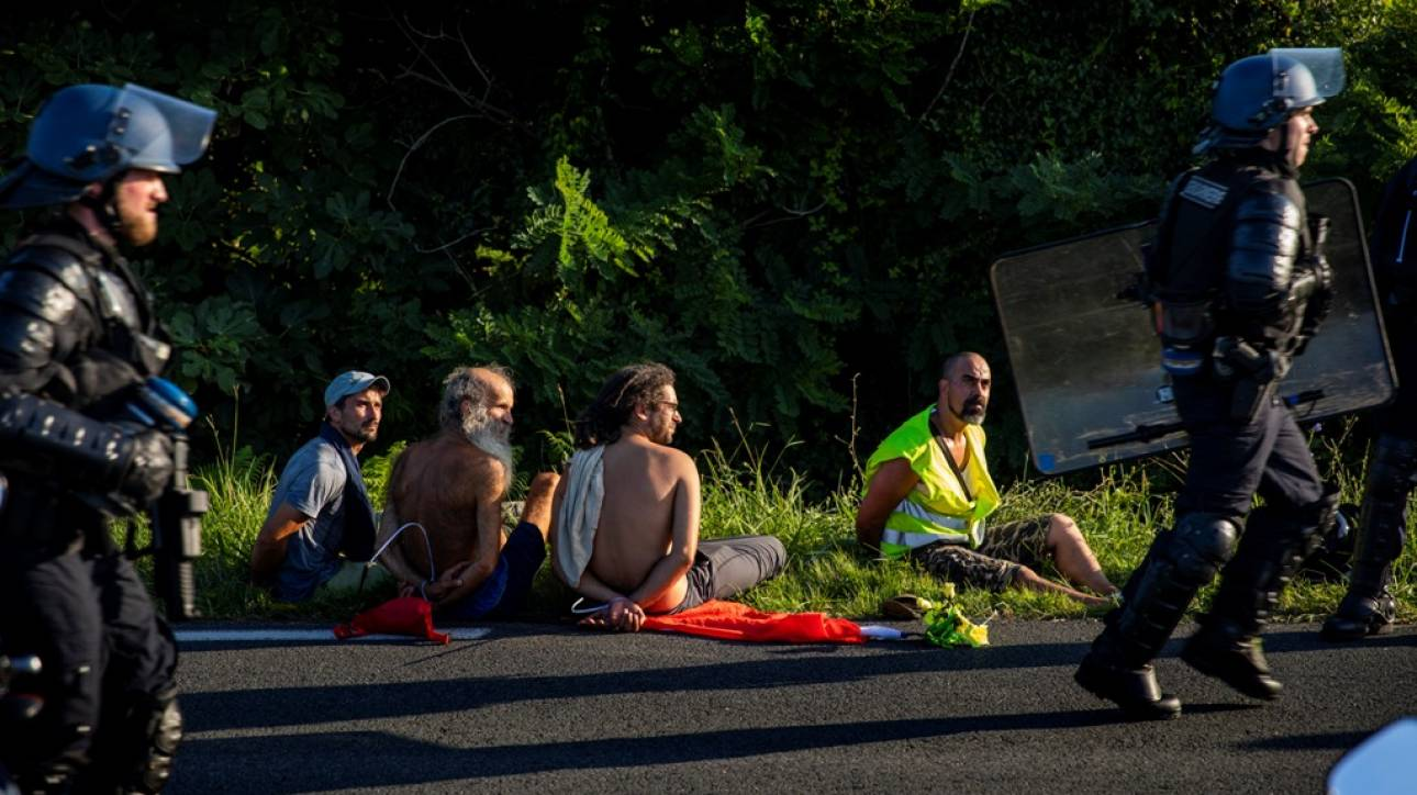 Γαλλία: 17 συλλήψεις στις πρώτες διαδηλώσεις ενάντια στη σύνοδο της G7