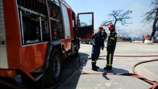 Φωτιά στον Ασπρόπυργο: Δύο τραυματίες πυροσβέστες - Κυκλοφοριακές ρυθμίσεις