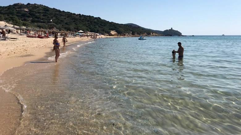 Ειδικοί φύλακες στις παραλίες της Σαρδηνίας για να προλαμβάνουν τις κλοπές