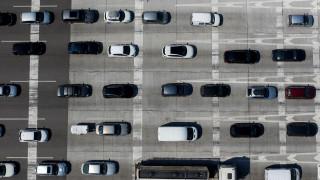 Αλλαγές στα τέλη κυκλοφορίας: Έρχεται νέος τρόπος μέτρησης των εκπομπών ρύπων