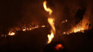 Παρά τις δεσμεύσεις της G7 και την επέμβαση του στρατού ο Αμαζόνιος συνεχίζει να φλέγεται