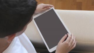 Μόνο με γονική συναίνεση η χρήση social media από παιδιά κάτω των 15 – Το κυβερνητικό «μπλόκο»