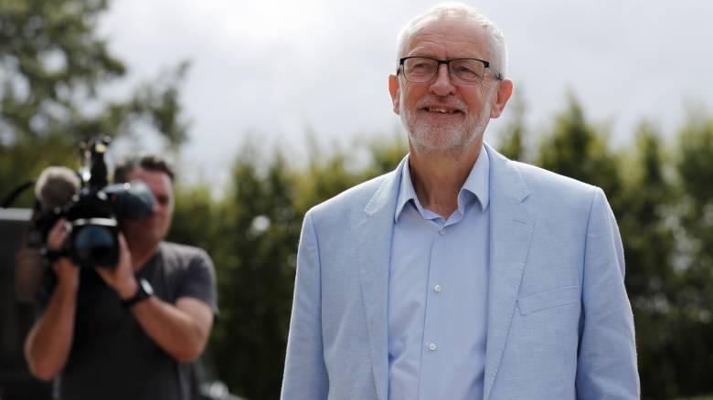 Ο Κόρμπιν πρότεινε συνεργασία σε δεκάδες Συντηρητικούς για την αποφυγή ενός άτακτου Brexit