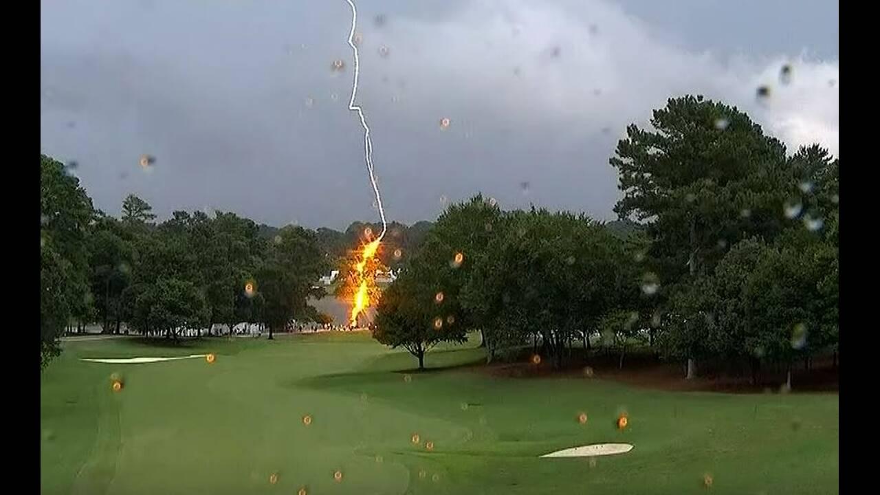 https://cdn.cnngreece.gr/media/news/2019/08/27/188767/photos/snapshot/Lightning.JPG