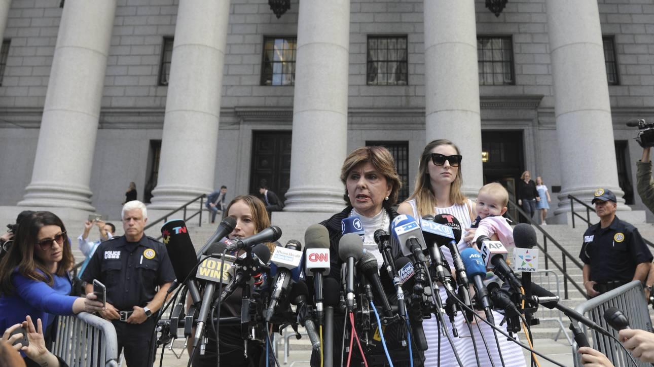 «Δεν θα νικήσει με την αυτοκτονία του»: Οργή στο δικαστήριο από τα φερόμενα θύματα του Επστάιν