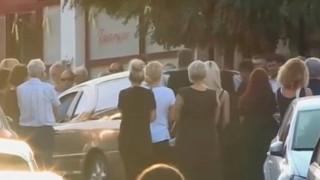 Συγκίνηση στην κηδεία γιαγιάς και εγγονού στο Αίγιο - Συγκλονίζει η μητέρα