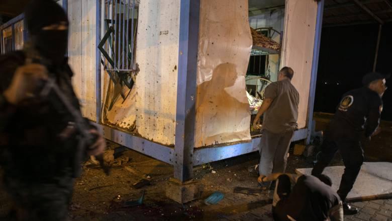 Γάζα: Δύο νεκροί και τρεις τραυματίες μετά από έκρηξη σε σημείο ελέγχου