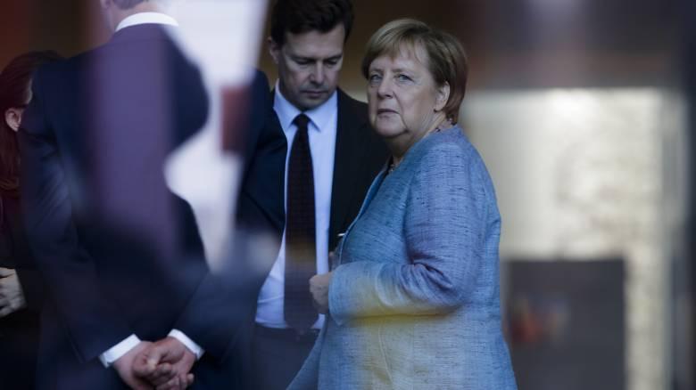 Συνάντηση Μέρκελ - Μητσοτάκη: Σε «ευρεία ανταλλαγή απόψεων» προσβλέπει το Βερολίνο