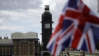 «Ναι» της βασίλισσας στο σχέδιο Τζόνσον - «Πραξικόπημα» καταγγέλλουν οι Βρετανοί πολιτικοί