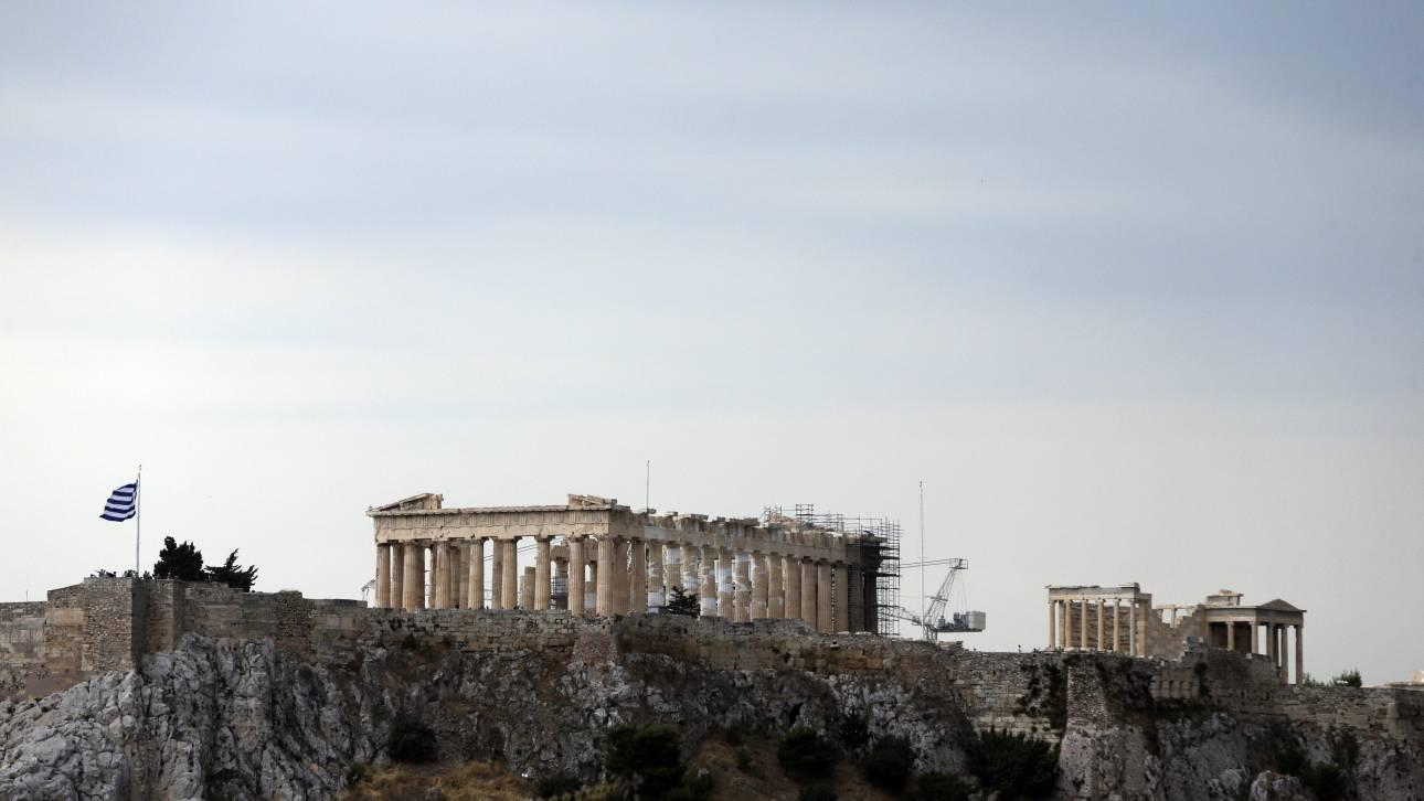 Σύσκεψη για την Ακρόπολη: «Εικόνα έντονης εγκατάλειψης που εκθέτει τη χώρα» - Τι ζήτησε η Λ. Μενδώνη