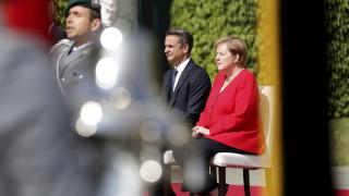 Καγκελαρία: Στενότερη συνεργασία με την Ελλάδα σε οικονομία, ενέργεια και κλίμα