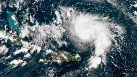 Σε συναγερμό η Φλόριντα για τον τυφώνα «τέρας» Ντόριαν