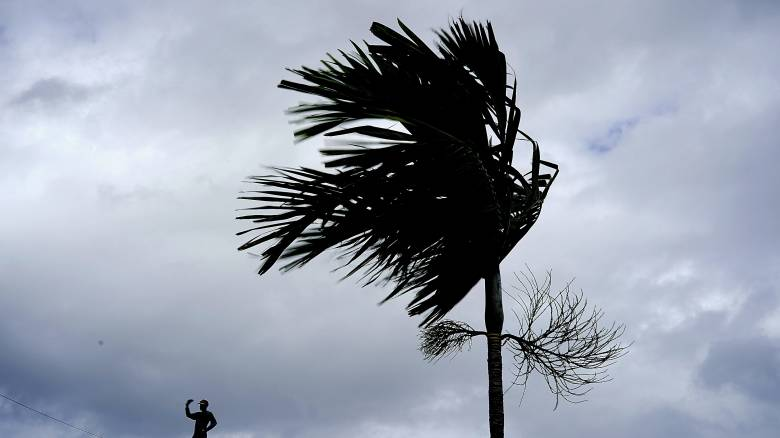 Τυφώνας Ντόριαν: Καταστροφικό πέρασμα από τις Μπαχάμες – Εντατικές προετοιμασίες στις ΗΠΑ