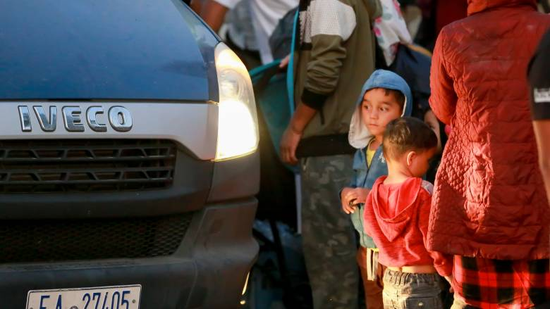 Αναχώρησαν 635 πρόσφυγες και μετανάστες από τη Μυτιλήνη