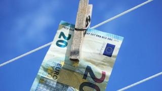 Η Ελλάδα στην πρώτη ταχύτητα των χωρών στην καταπολέμηση του ξεπλύματος χρήματος