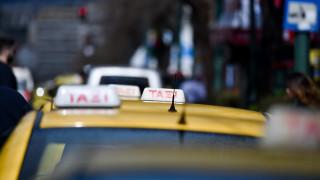 Αντιδράσεις οδηγών και ιδιοκτητών ταξί για τις αλλαγές στο ελάχιστο τίμημα μίσθωσης