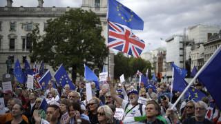 Βρυξέλλες για Brexit: «Άθλος» η επίτευξη μιας νέας συμφωνίας μέχρι τις 31 Οκτωβρίου