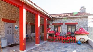 Στον «αέρα» κινδυνεύει να μείνει ο μοναδικός ξενώνας επείγουσας φιλοξενίας παιδιών στη Β. Ελλάδα