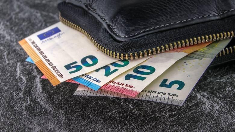 ΟΠΕΚΑ: Εγκρίθηκε ποσό 12 εκατ. ευρώ για παροχές σε ανασφάλιστους υπερήλικες