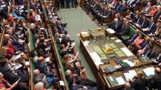 Νομική δράση κατά Τζόνσον στην περίπτωση που αρνηθεί νέα αναβολή του Brexit