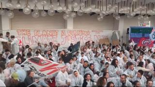 Φεστιβάλ Βενετίας: «Κατάληψη» στο κόκκινο χαλί για την κλιματική αλλαγή