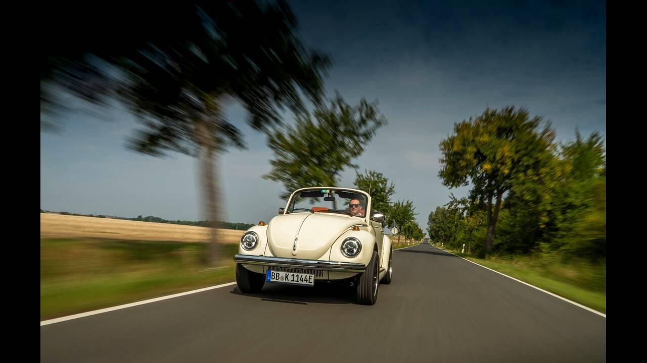 https://cdn.cnngreece.gr/media/news/2019/09/08/189903/photos/snapshot/VW-E-BEETLE-3.jpg