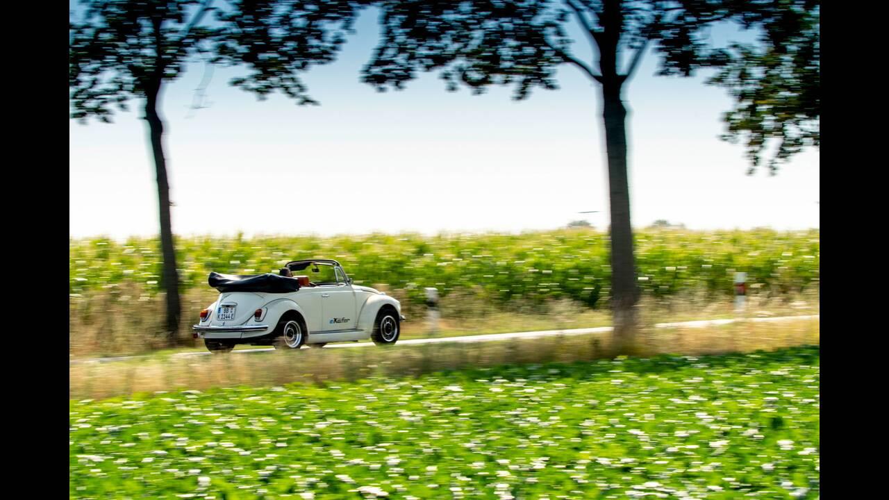 https://cdn.cnngreece.gr/media/news/2019/09/08/189903/photos/snapshot/VW-E-BEETLE-32.jpg