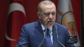 Νέες απειλές Ερντογάν με «όπλο» το προσφυγικό: Ή μας βοηθάτε ή ανοίγουμε τα σύνορα