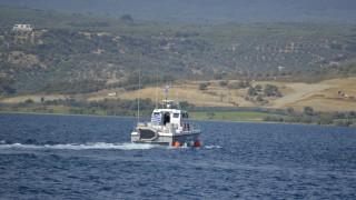 Φωτιά σε σκάφος στην Μονή Αίγινας