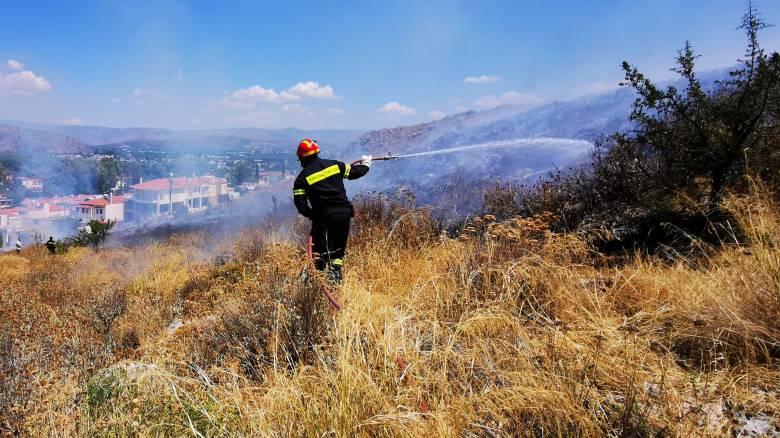 Υπό έλεγχο η φωτιά στη Σιθωνία Χαλκιδικής