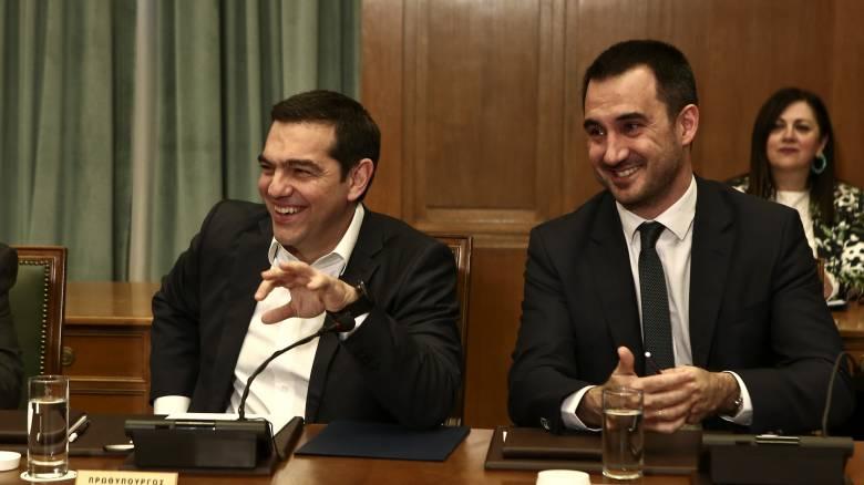 ΣΥΡΙΖΑ: Στο 1,7 δισ. το κόστος των φοροελαφρύνσεων - Η αποτίμηση της ομιλίας Μητσοτάκη στη ΔΕΘ