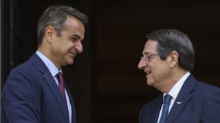 Αυστηρά μηνύματα Μητσοτάκη - Αναστασιάδη στην Τουρκία για ΑΟΖ και Κυπριακό