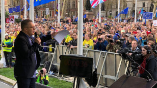 Brexit: Ο Τομ Ουότσον των Εργατικών θα ζητήσει τη διεξαγωγή δεύτερου δημοψηφίσματος