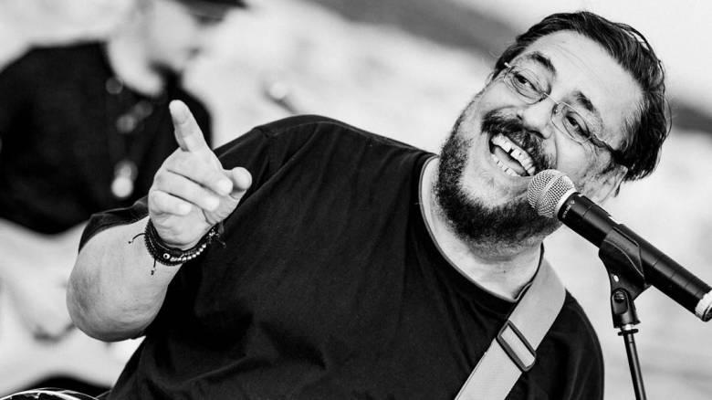 Λαυρέντης Μαχαιρίτσας: Σήμερα το τελευταίο «αντίο» στον μεγάλο τραγουδοποιό