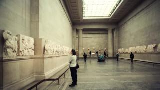Μούχλα & ιστοί αραχνών: Η εικόνα της αίθουσας των Γλυπτών του Παρθενώνα στο Βρετανικό Μουσείο