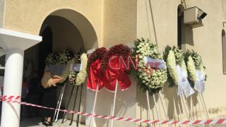 Λαυρέντης Μαχαιρίτσας: Κηδεύεται ο σπουδαίος τραγουδοποιός