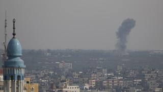 Ισραηλινοί βομβαρδισμοί εναντίον θέσεων της Χαμάς έπειτα από εκτοξεύσεις ρουκετών από τη Γάζα