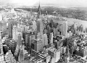 1938, Νέα Υόρκη. Από την κορυφή του Empire State Building η πανοραμική θέα του Μανχάταν είναι εντυπωσιακή.