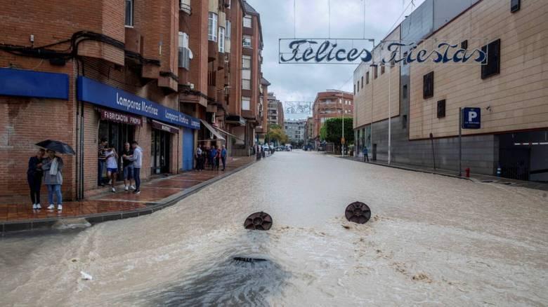 Ισπανία: Δύο νεκροί έπειτα από καταρρακτώδεις βροχές