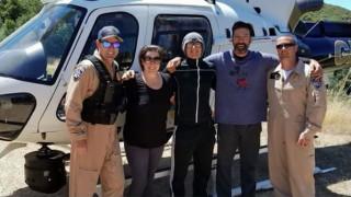 Μήνυμα σε μπουκάλι: Πώς δύο ορειβάτες έσωσαν μία οικογένεια που εγκλωβίστηκε σε καταρράκτη
