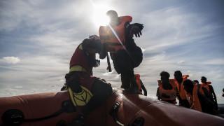 «Δεν θα αφήσουμε κανέναν να πνιγεί»: Οι ανακοινώσεις Ζεεχόφερ για το μεταναστευτικό